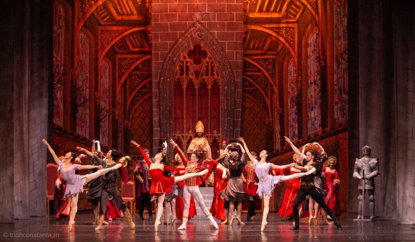 """Un balerin din Constanța, bătut de coregraf după spectacol: """"Am încasat-o pentru că am purtat mască"""""""