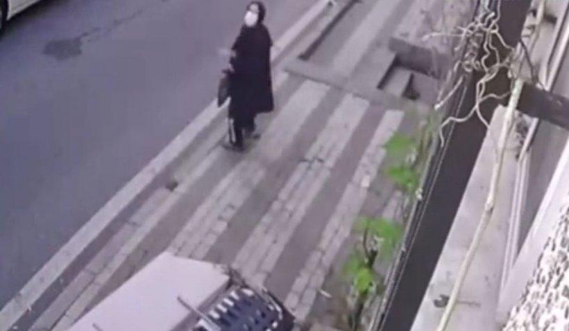 Un bărbat a aruncat o canapea veche în capul unei vecine, ratând-o cu puțin, la Istanbul