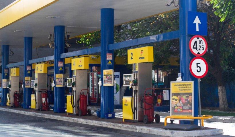 """Prețul benzinei a depășit pragul de 6 lei pe litru: """"Sunt așteptate scumpiri record"""""""