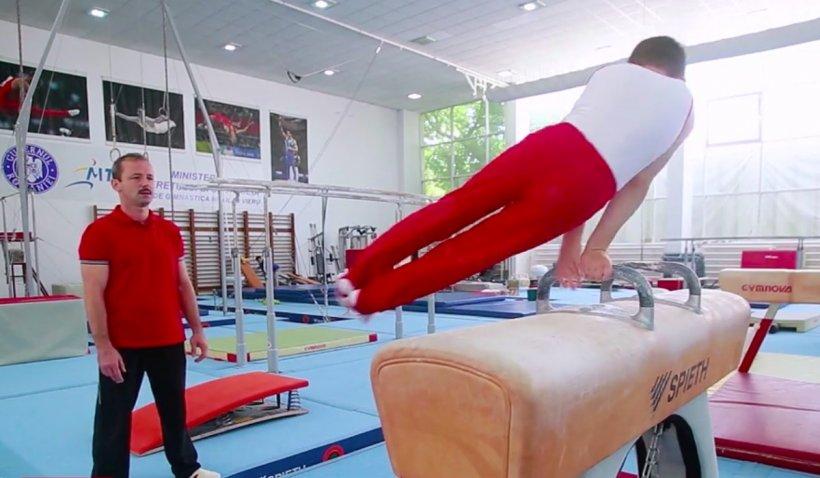 """Băiețelul lui Marius Urzică îi calcă pe urme, cu șase medalii de aur câștigate la Campionatul Național de Gimnastică pentru Juniori: """"Este mai bun decât mine"""""""