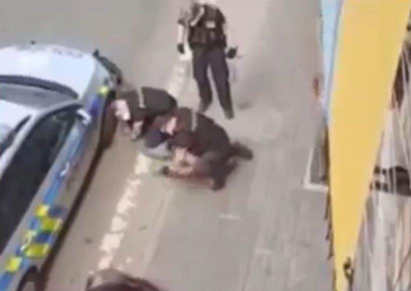 Încă un bărbat a murit după ce a fost imobilizat de poliție, cu piciorul pe gât. A avut aceeași soartă cu George Floyd
