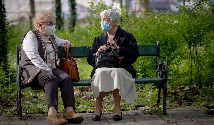 Pensii 2021. Klaus Iohannis a promulgat legea privind cumpărarea vechimii în muncă