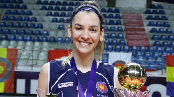 Alexia Căruțașu, puștoaica minune a voleiului românesc. La 18 ani, este în Top 5 cele mai valoroase voleibaliste din lume