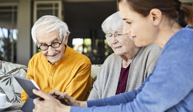 Pensii 2021. Românii care iau pensia pe card nu vor mai primi talon de pensie. Ce trebuie să facă bătrânii