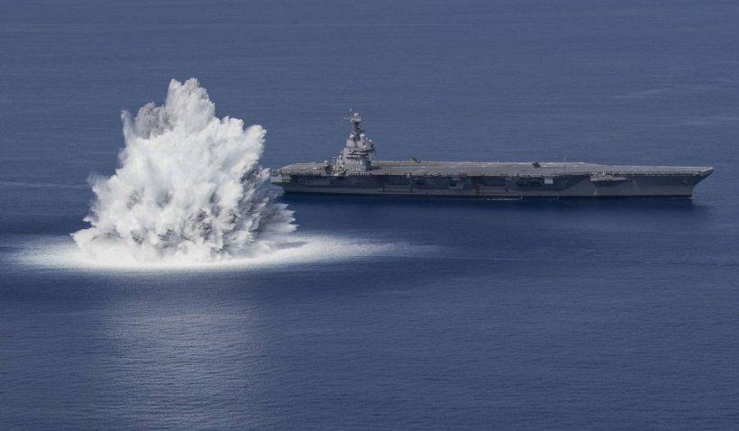 Rusia lansează rachete pe Marea Neagră către un distrugător britanic