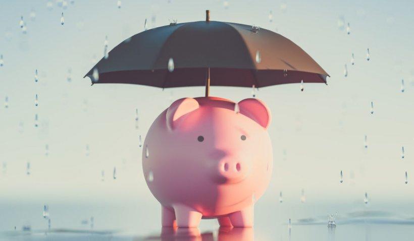 Taxa pe apa de ploaie îi stoarce de bani pe românii din Gorj