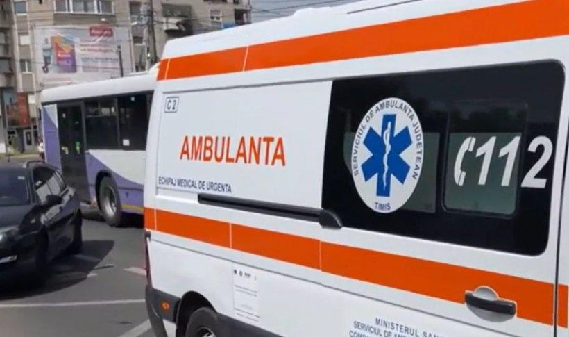 Un bărbat a leșinat din cauza căldurii, într-un autobuz din Timișoara