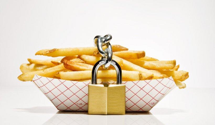 """Marea Britanie va interzice reclamele pentru mâncărea de tip fast-food. Asociațile media se declară """"foarte dezamăgite"""""""