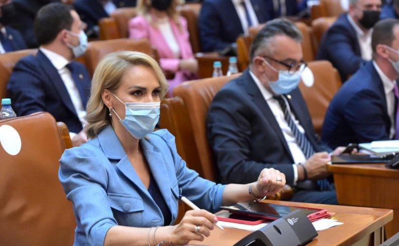 """Gabriela Firea: """"Mai multă sănătate pentru bogați, mai puțină pentru cei sărăci! Așa înțelege puterea să guverneze"""""""