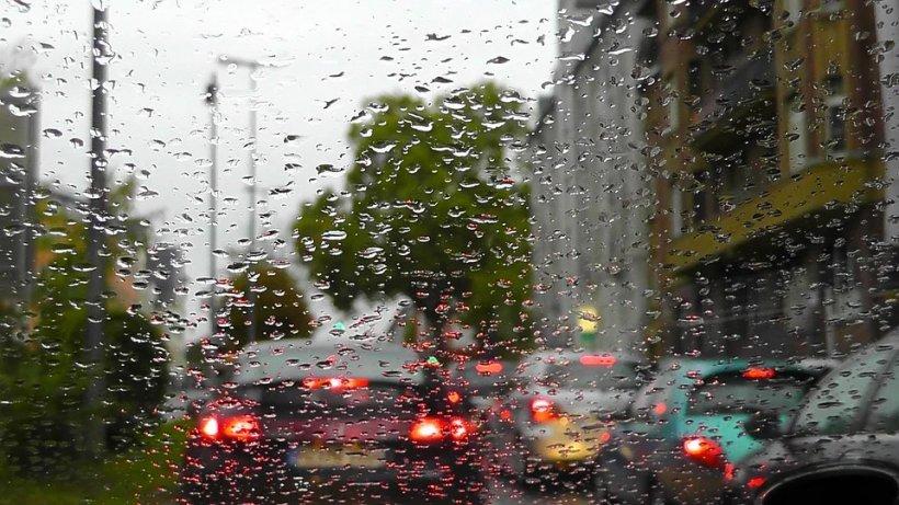 Prognoză specială pentru Capitală: Vreme instabilă și maxime de 31-32 de grade