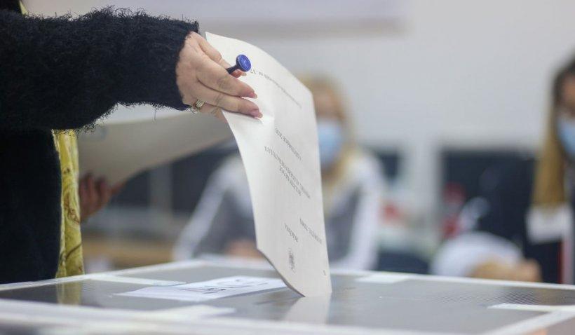 Candidarea abuzatorilor de copii la alegerile locale și parlamentare ar putea fi interzisă. Proiect de lege