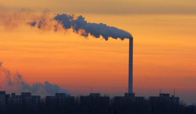 Uniunea Europeană vrea să reducă poluarea prin taxarea centralelor de apartament, a mașinilor și a transporturilor navale