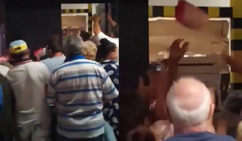 Bătaie între clienți, pe pui la rotisor, într-un hypermarket din Brăila. Angajații au început să arunce pachetele în mulțime