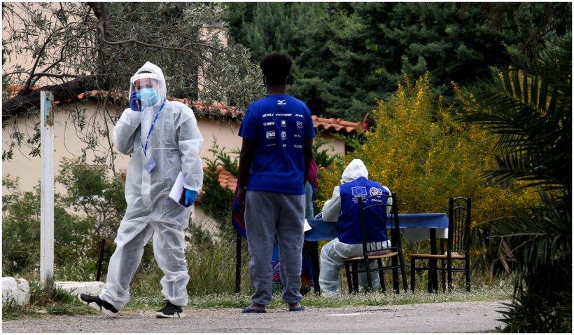 Grecia înregistrează o creștere alarmantă a cazurilor de COVID-19