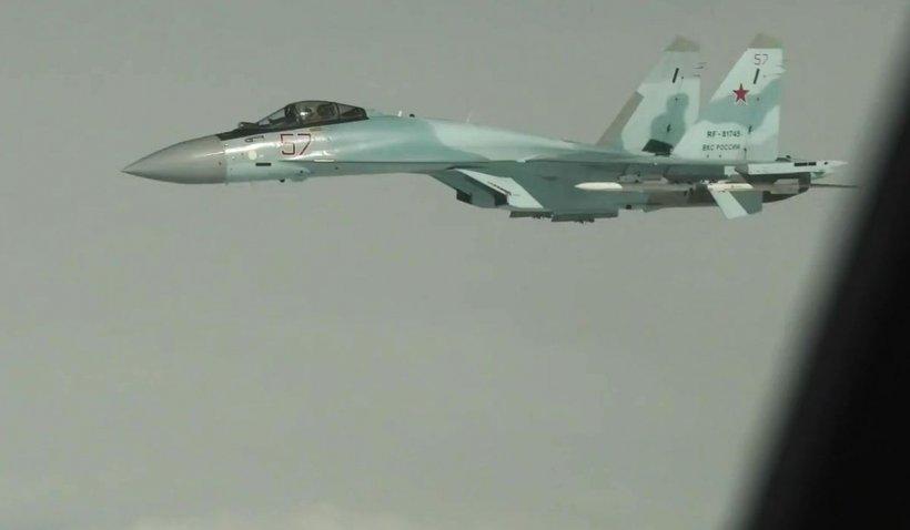 Premierul Spaniei și președintele Lituaniei au fost evacuați dintr-o bază NATO survolată de un avion rus