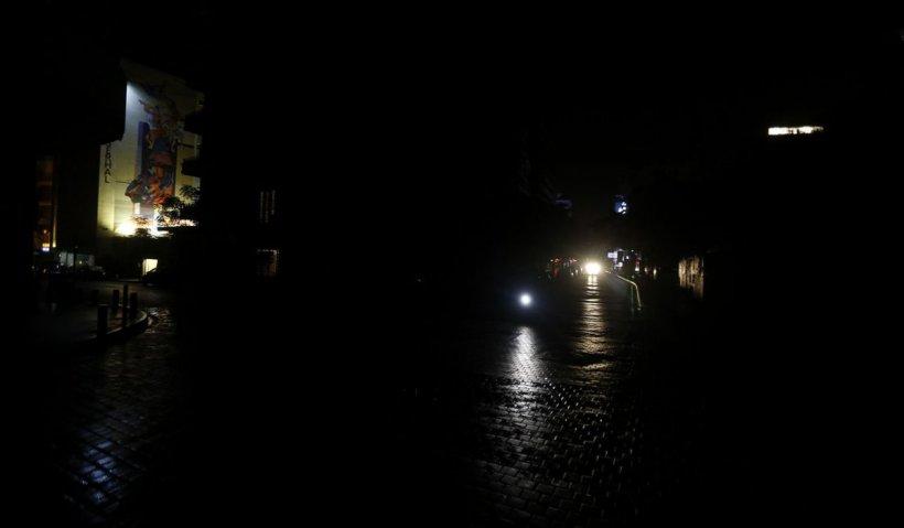 O țară întreagă cu ieșire la Marea Mediterană a rămas fără curent electric