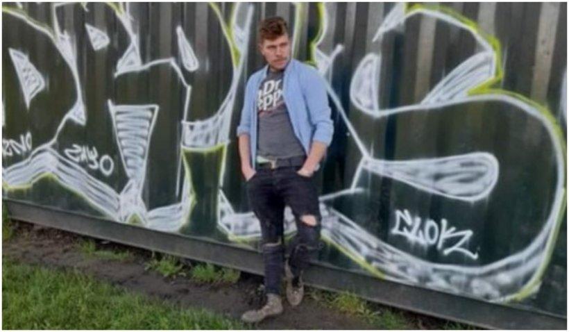 """Un tânăr român a dispărut misterios pe aeroportul Luton: """"Iulian venea din România spre Anglia"""""""