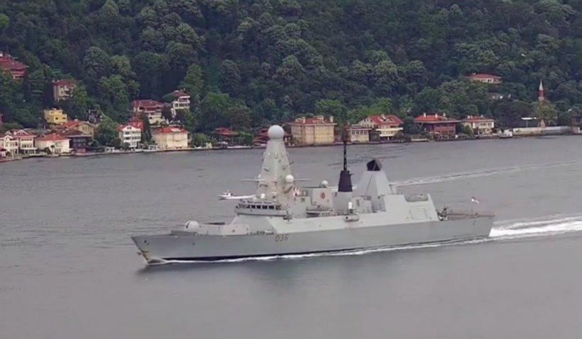 Rusia ameninţă că marinarii oricărei ţări care intră în apele teritoriale ce ţin de Crimeea vor fi atacaţi