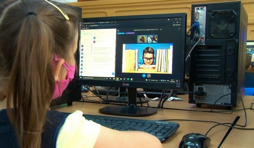 """Peste 900 de şcoli şi 10.000 de elevi, în competiţie la Concursul Național Interdisciplinar """"Aristotel"""". Şcoala nr. 79 din Bucureşti câştigă marele premiu"""