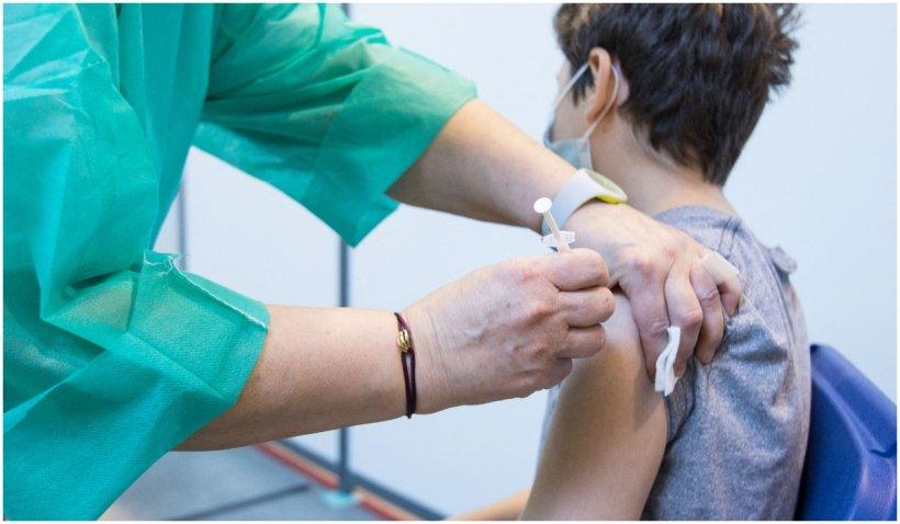 Ungaria începe vaccinarea cu a treia doză a vaccinului anti-COVID-19, de la 1 august