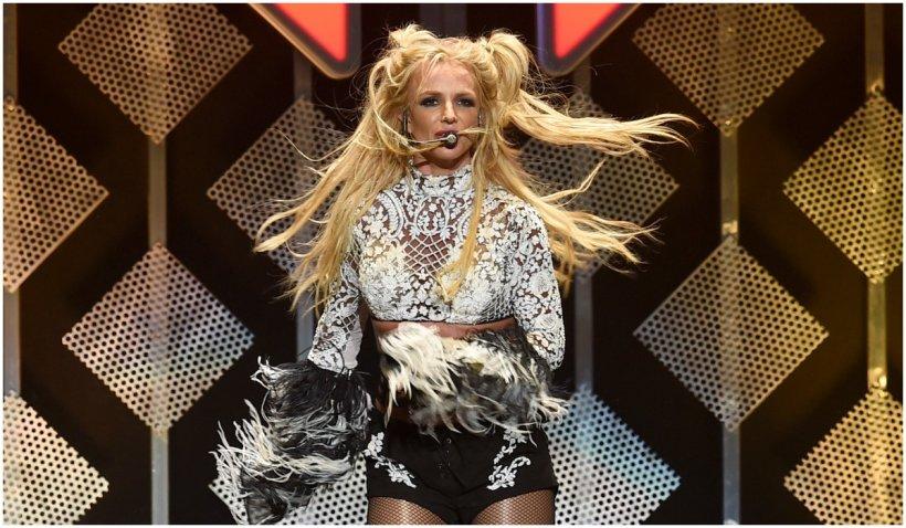 Britney Spears nu va mai cânta atâta vreme cât tatăl ei îi controlează cariera