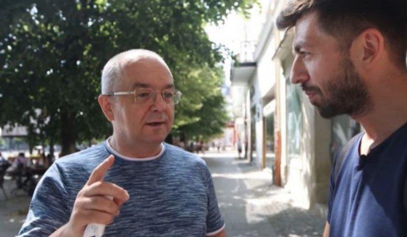 """Emil Boc, întrebat de un comediant, pe stradă, dacă este bogat, s-a căutat prin buzunare: """"Am 100 de lei, deci nu sunt sărac!"""""""
