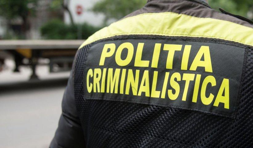 Un bărbat de 30 de ani din Neamţ, găsit împușcat în gât într-o mașină