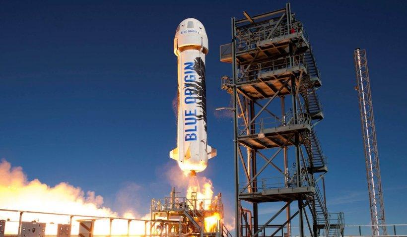 Primul miliardar al lumii zboară în Cosmos de pe locul 2. Jeff Bezos a fost devansat cu 9 zile de Richard Branson