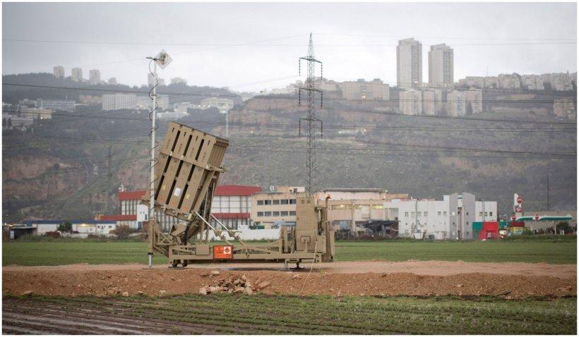 Tiruri de rachetă din Liban spre Israel. Armata israeliană ripostează