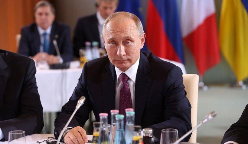 """Vladimir Putin: România """"a ocupat"""" Basarabia și Bucovina de Nord. Președintele Rusiei alterează datele istorice cu ocazia unui nou manifest"""