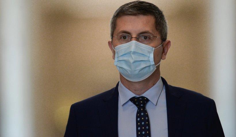 Dan Barna se plânge de partenerii de coaliţie: Colegii mei miniştri se chinuie să găsească oameni competenţi şi îşi iau castane