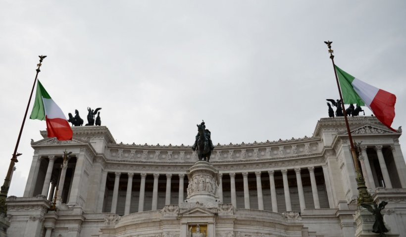 Italia introduce permisul verde COVID, din 6 august, pentru acces în spații închise