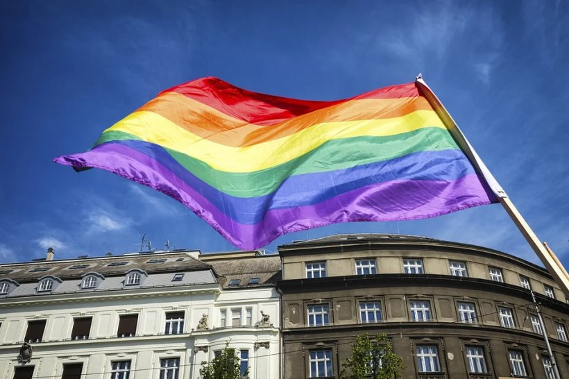 Sondaj Avangarde: Ce cred românii despre LGBT