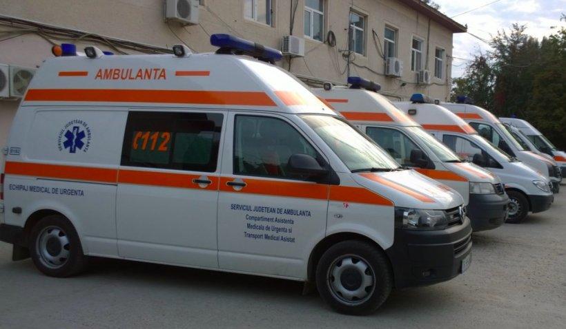 Zeci de ambulanțieri din Teleorman, angajați în starea de urgenţă, au picat testul de încadrare definitivă: Doar trei din 30 au fost admiși