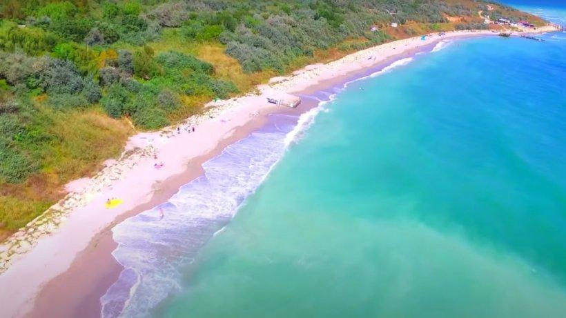 Plaja perfectă de pe litoralul românesc, cu apă turcoaz, ca în Grecia
