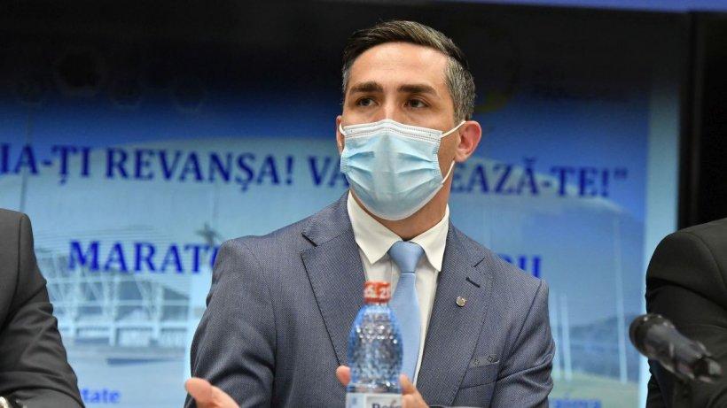 """Dr. Valeriu Gheorghiţă, noi precizări: """"Nu cred că în România se va ajunge la obligativitatea vaccinării"""""""