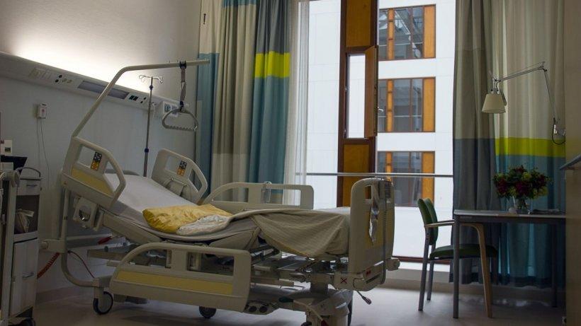 """Norovirusul face ravagii în România. Val de internări din cauza transmiterii rapide. Dr. Adrian Marinescu: """"Trebuie să ne protejăm!"""""""