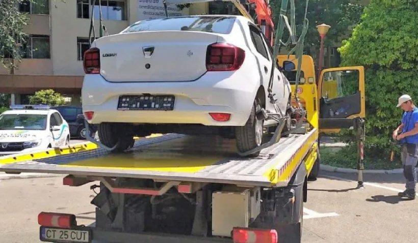 Un turist venit în Mamaia și-a demontat plăcuțele de înmatriculare ca să nu mai plătească parcarea. Reacţia autorităţilor
