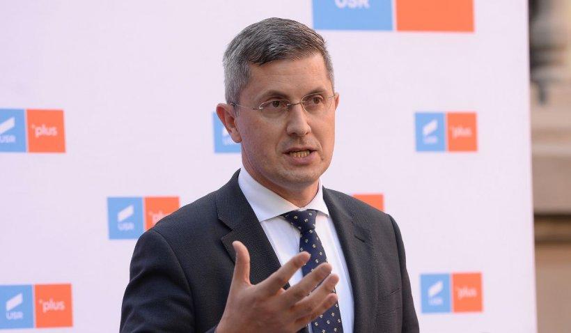 """Dan Barna: """"Deratizarea din București trebuia făcută de compania municipală doamnei Firea. Și nu o face"""""""