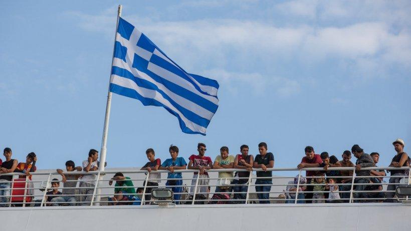 Decizie CNSU: Grecia intră în zona roșie de duminică. Ce se întâmplă cu turiștii români de acolo