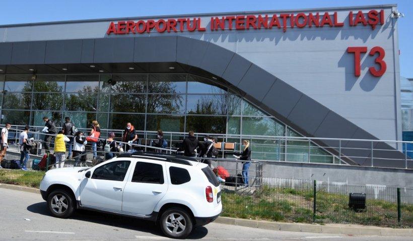 12 români întorși din Marea Britanie, prinşi pe Aeroportul Internaţional Iaşi cu certificate COVID-19 false