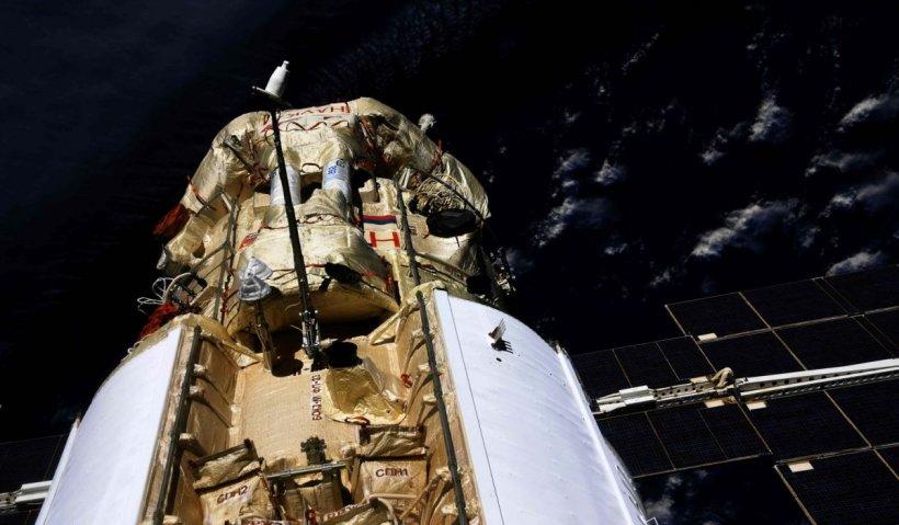 Rușii au mutat accidental Stația Spațială Internațională cu Nauka, modulul-problemă. Comunicațiile au fost întrerupte temporar