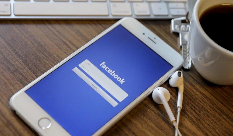 O persoană a fost amendată cu 200 de euro după ce și-a postat fluturașul de salariu pe Facebook