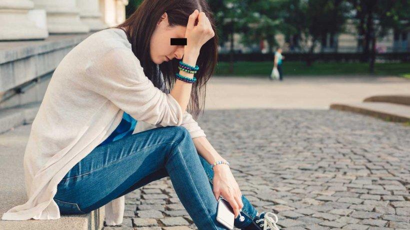 Adolescentă din Gorj, violată într-o mașină, apoi amenințată și șantajată