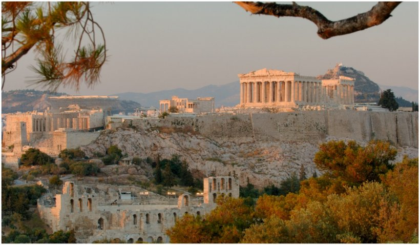 Grecia se topește în caniculă: Atena pustie, Acropolele închise