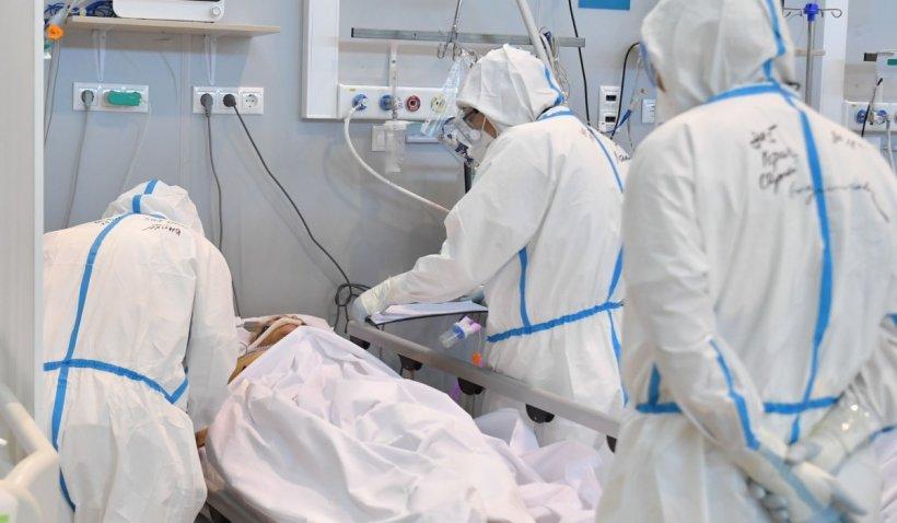Un bărbat infectat cu tulpina Delta COVID a murit la Satu Mare, deşi era vaccinat