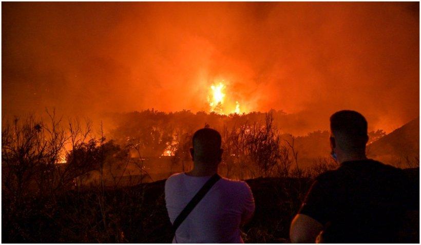 Incendiile se apropie de capitala Greciei