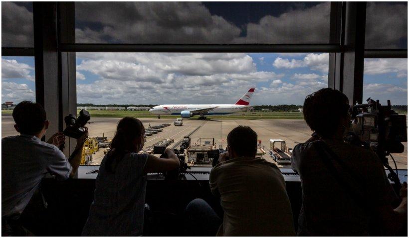 Un alt scandal la Olimpiadă: sportivi australieni beţi în avionul de întoarcere de la Tokyo