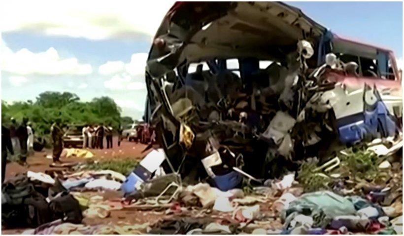Accident cumplit în Africa: Cel puţin 40 de morţi şi 33 de răniţi