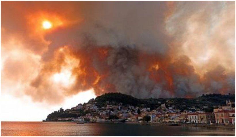 Nihil sine Deo: Trei călugări au refuzat să fie salvați din flăcările care mistuie Grecia